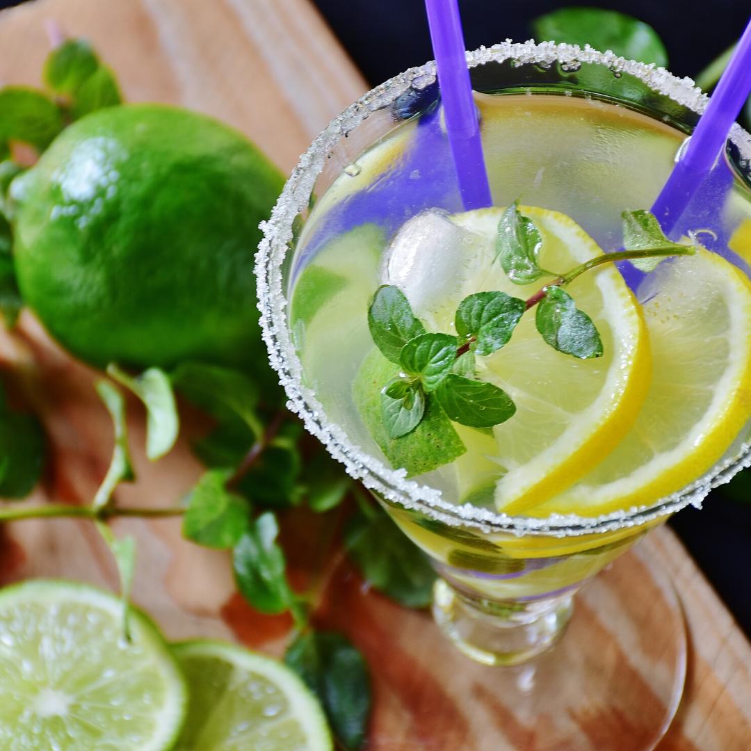 Classic<br> Cocktails 101